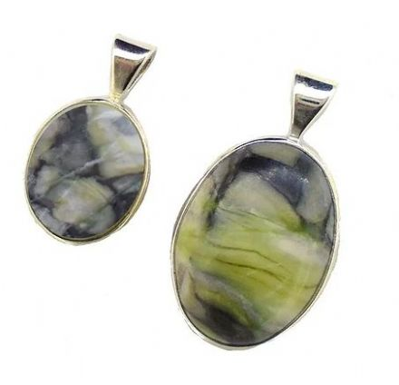 Scottish Green Marble Medium Oval Pendant SP2